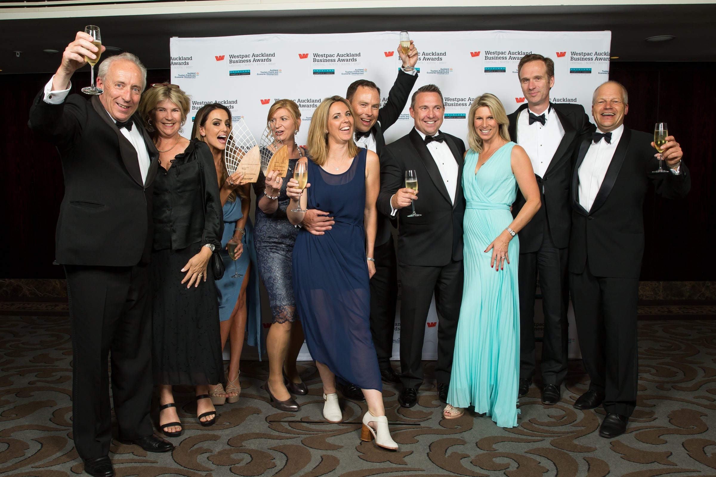 LINK Business Franchising takes out Supreme Westpac Business Award